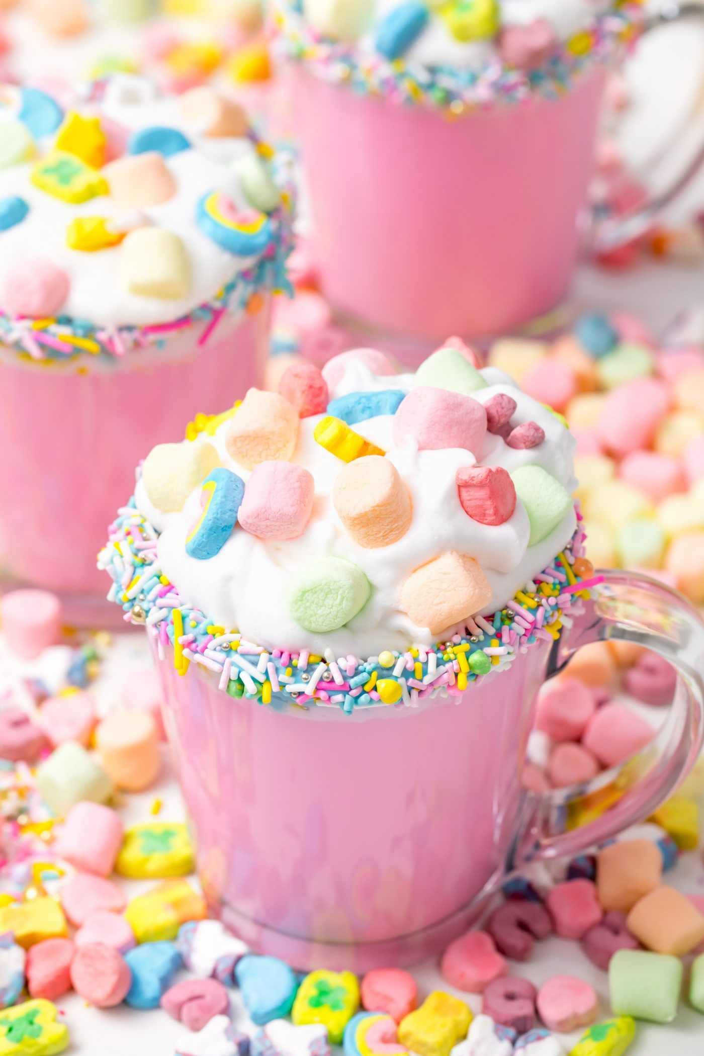 This unique, fun and easy unicorn hot chocolate wi