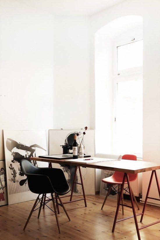 tumblr m6ulyagrTj1qk1ayeo1 1280 60 Cool Office Workspaces | Part 17