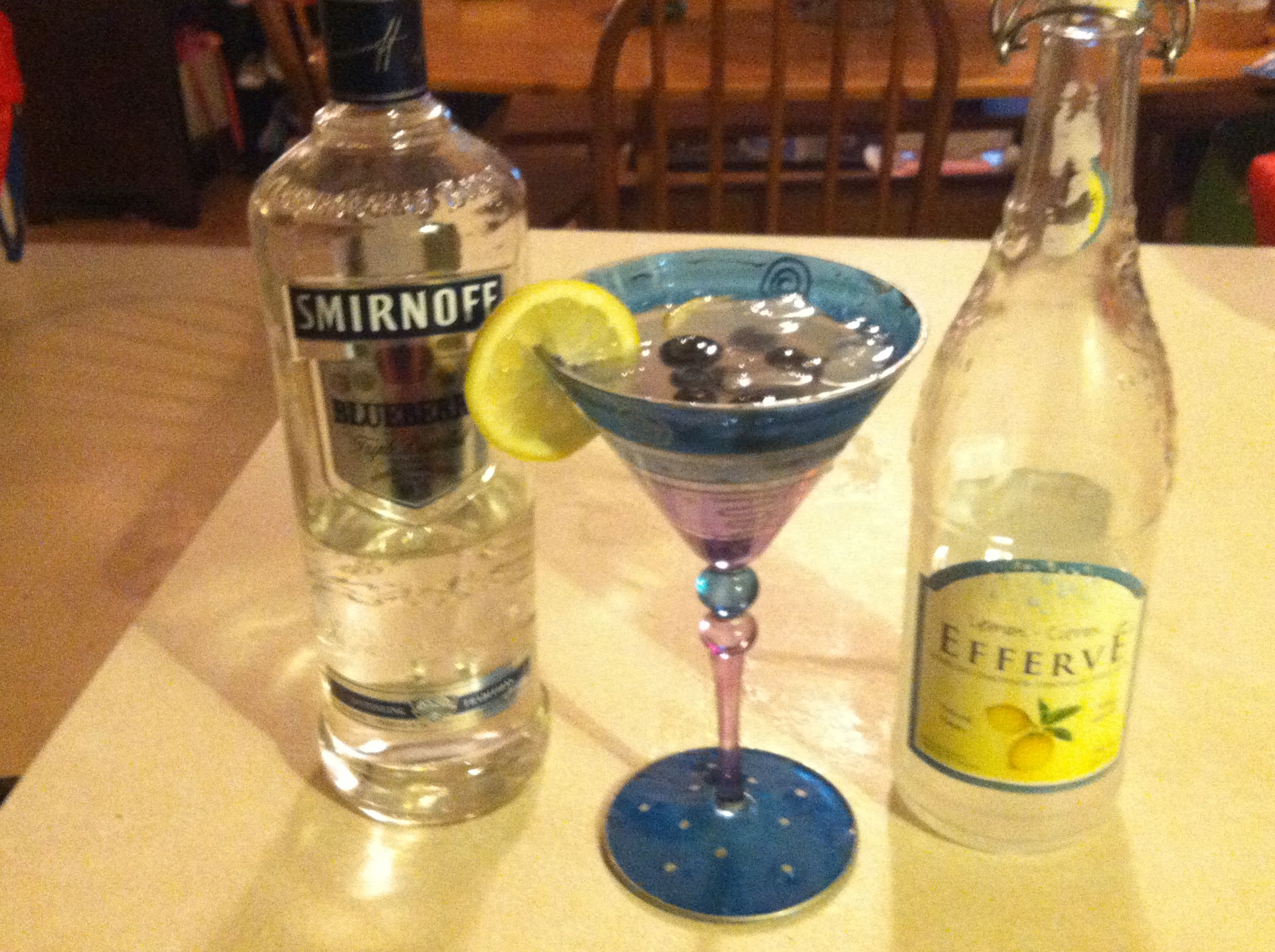 Lemonblueberry martini 2oz blueberry vodka sparkling