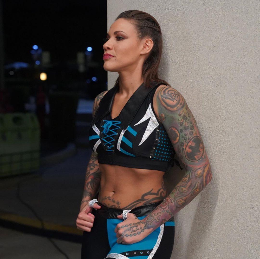 Mercedes Martinez   Women, Sports bra, Fashion