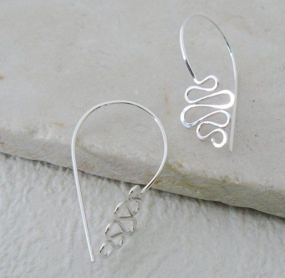 Modern Wire Earrings by Atelier Blaauw - The Beading Gem's Journal