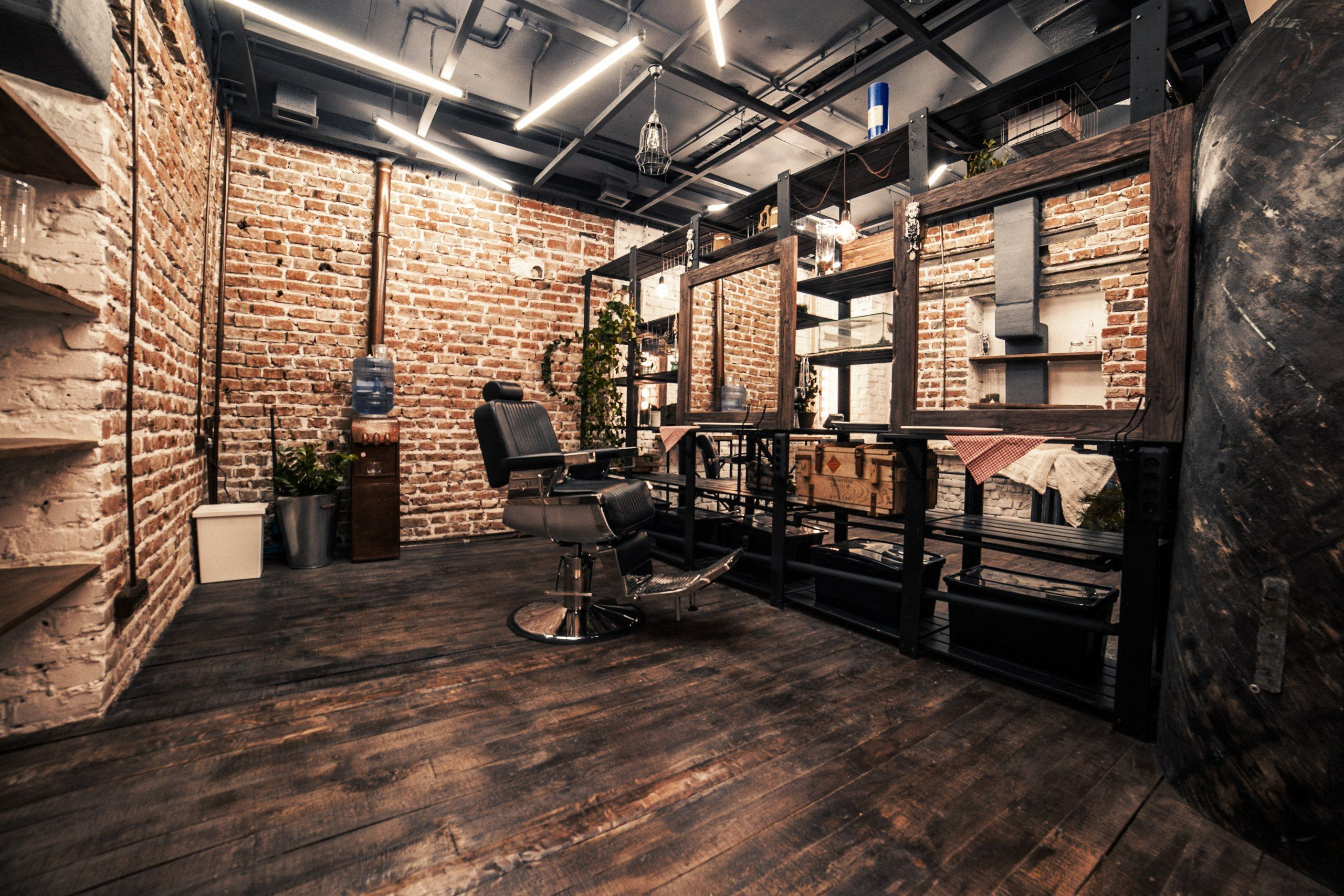 loft interior barbershop beautyshop style haircuts wood floor boat brick white red. Black Bedroom Furniture Sets. Home Design Ideas