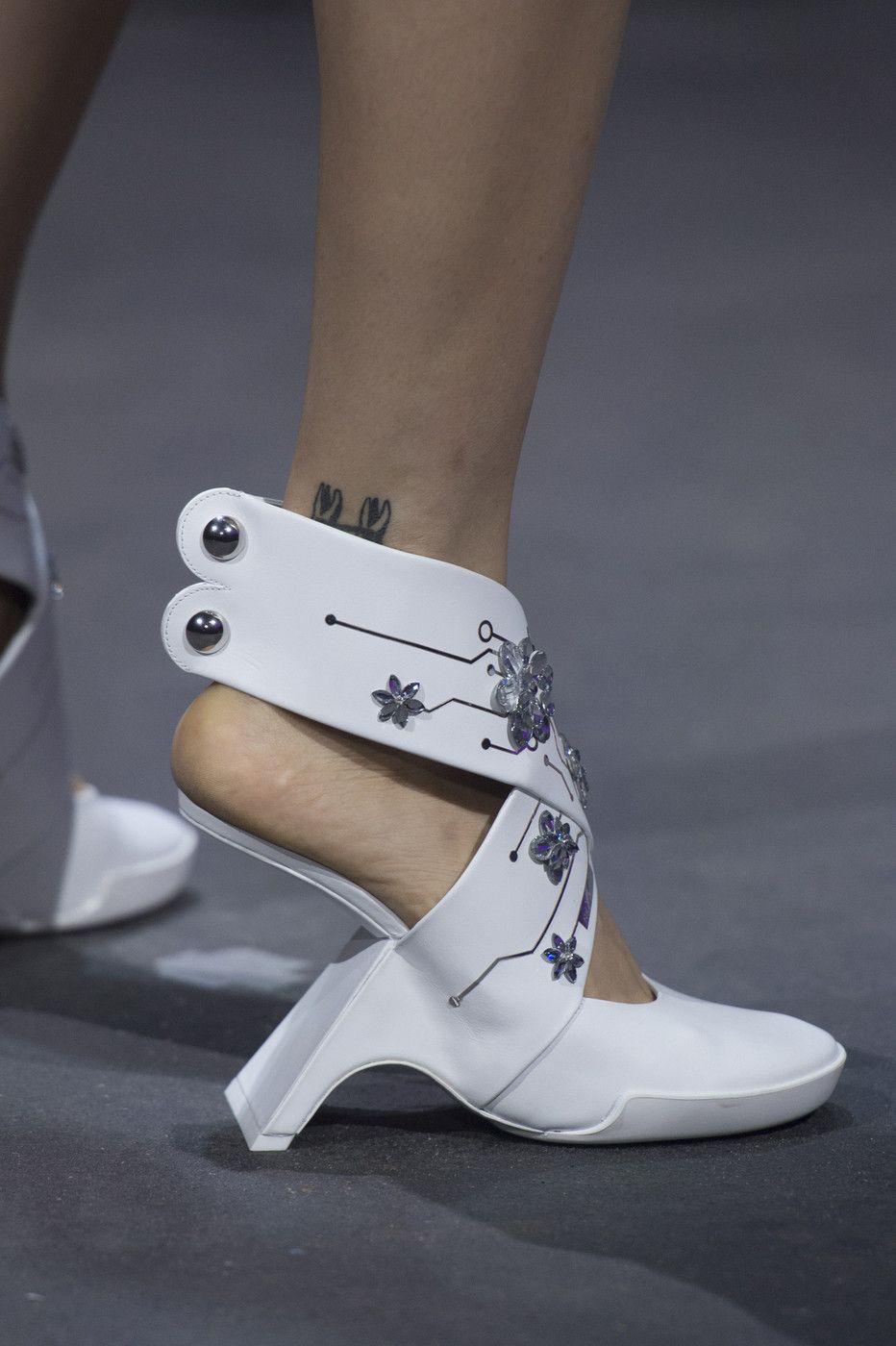 Nicholas Kirkwood at London Fashion