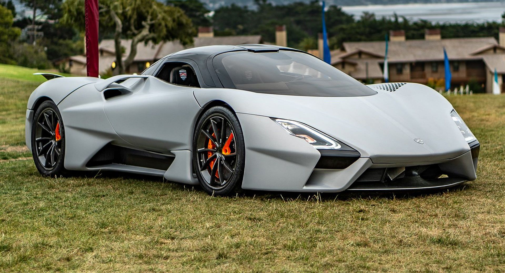 The Ssc Tuatara Has A Twin Turbo 5 9 Liter V8 With 1 750 Hp And May Hit 300 Mph In 2020 Tuatara Fast Cars Car In The World