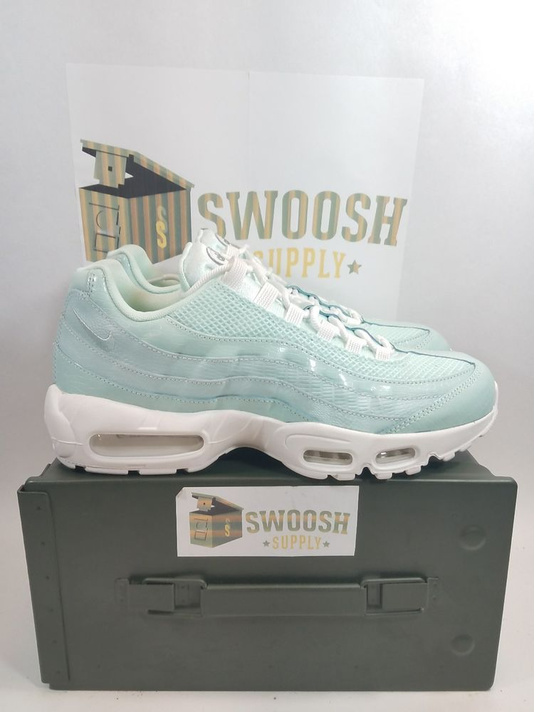 Principiante repetir Mal  NIKE AIR MAX 95 PREMIUM IGLOO WHITE MINT GREEN WOMEN SNEAKER SIZE 11 807443  300 | Women sport sneakers, Womens sneakers, Nike air max