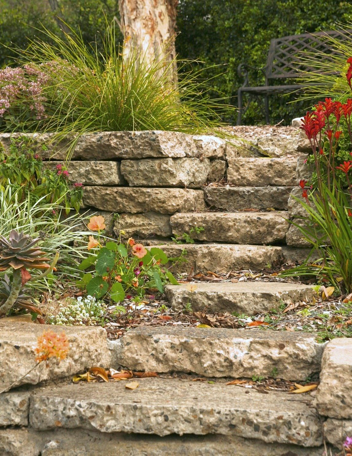 How To Build A Reused Concrete Wall Concrete Stairs Concrete Retaining Walls Concrete Wall