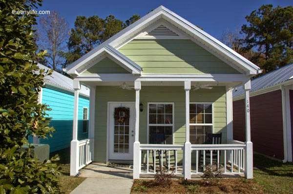 Arquitectura de casas 45 fachadas de casas peque as abrigo for Disenos de exteriores para casas pequenas