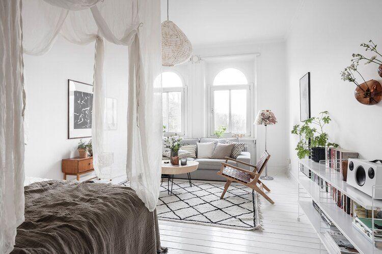 A Bright Scandinavian Studio Apartment The Nordroom In 2020 Studio Apartment Decorating Apartment Design Small Studio Apartment Decorating