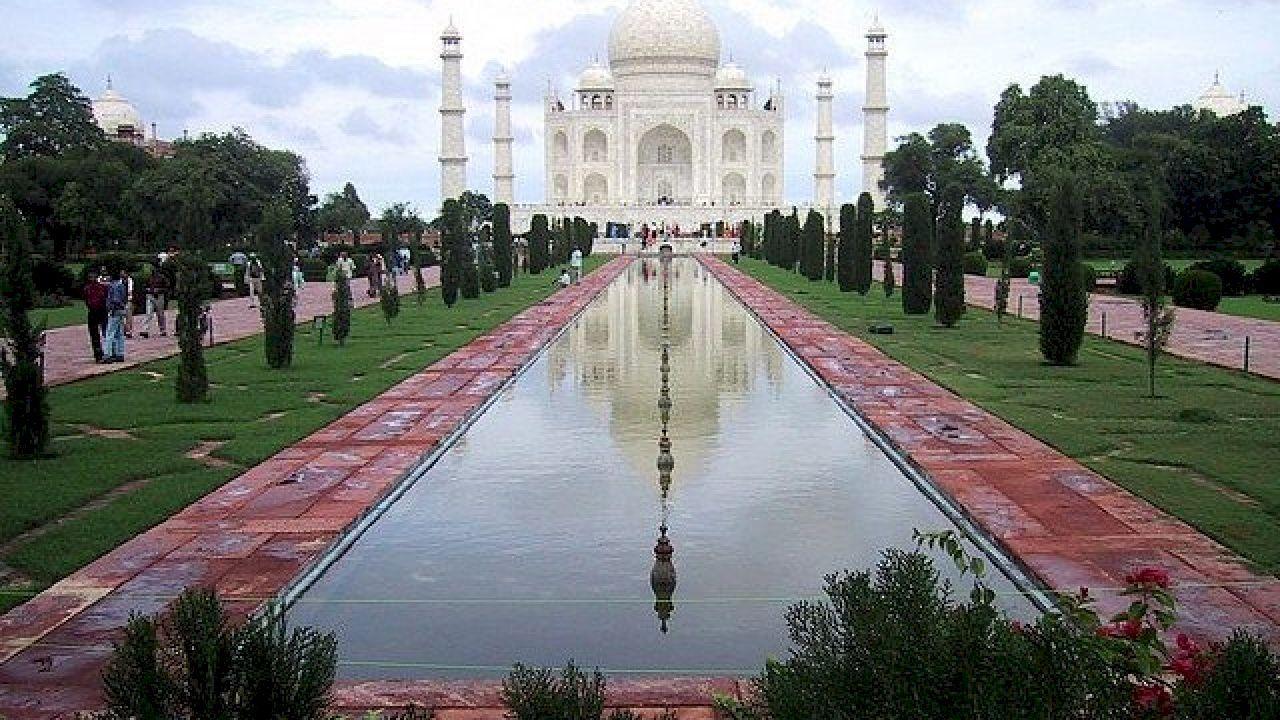 بماذا تشتهر الهند Cool Places To Visit India Travel Places Amazing Places On Earth