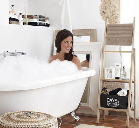 Riverdale Collectie > Leuk \'trapje\' voor in de badkamer! | Bathroom ...