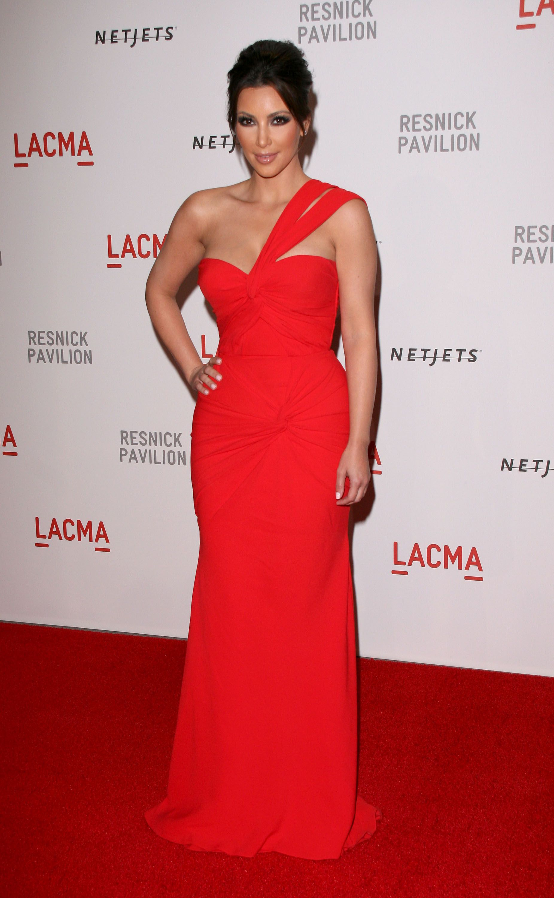 Kim Kardashian Style | Kardashian, Red gowns and Gowns