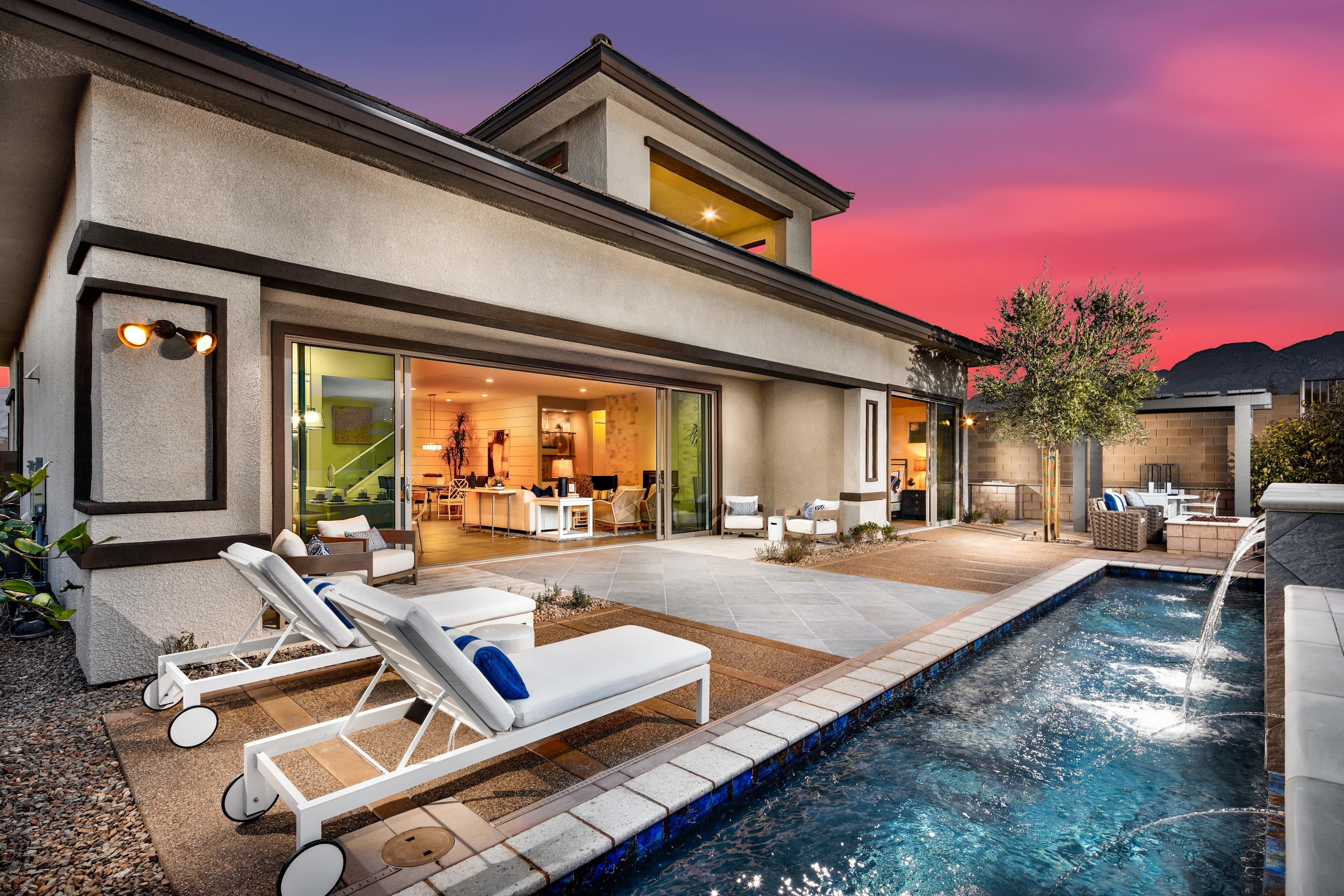 Nothing But Fun Under The Sun In This Inspiring Backyard From Shadow Point Eclipse Model Home In Las Vegas Nv House Design Luxury Homes Custom Pools