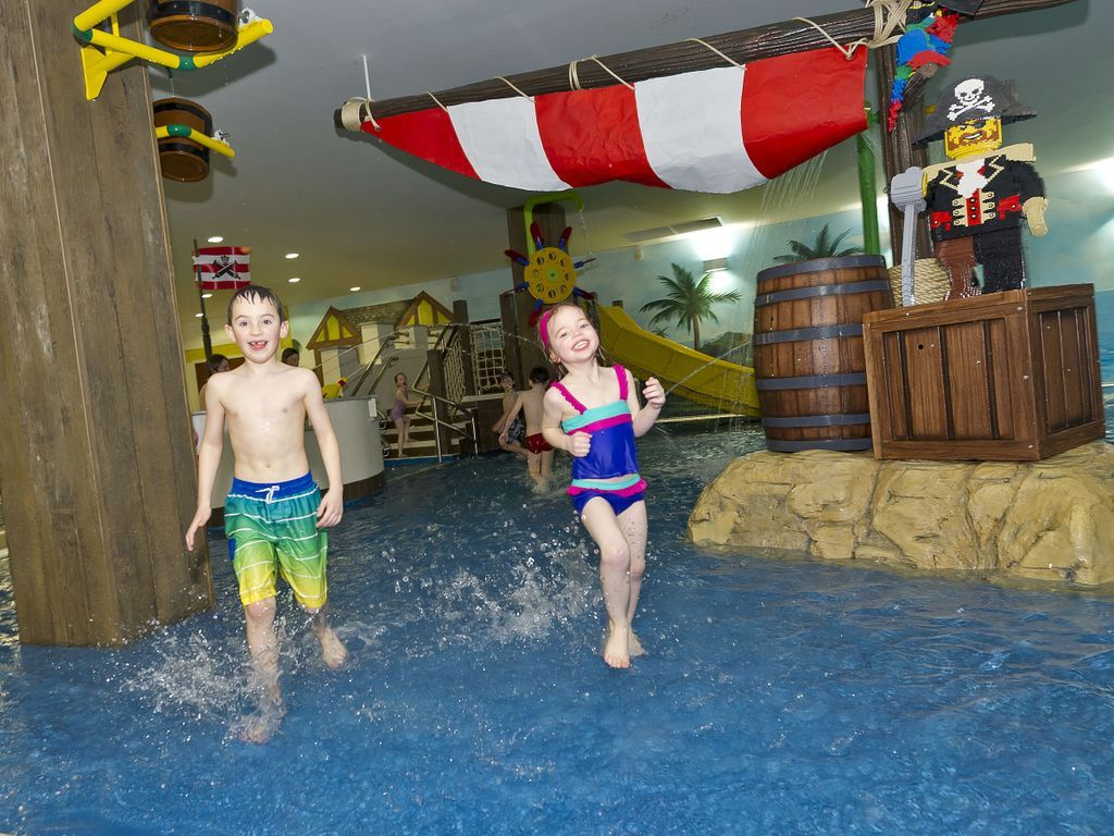 Put On Your Swimming Costumes And Come And Splash About In The Swimming Pool Swimming Pools Legoland Splash Pool