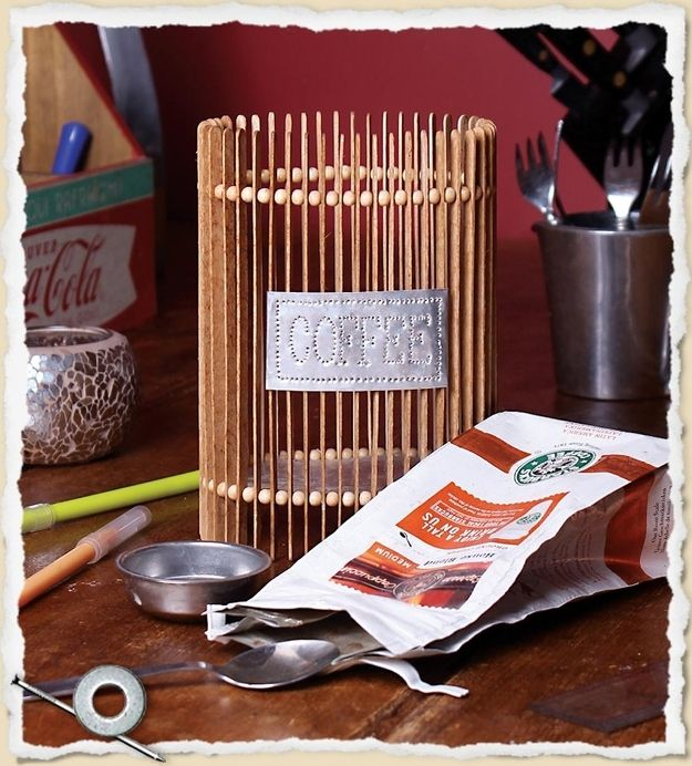40 Things You Don T Have To Throw Away Coffee Stirrers Diy Utensils Diy Stir Sticks