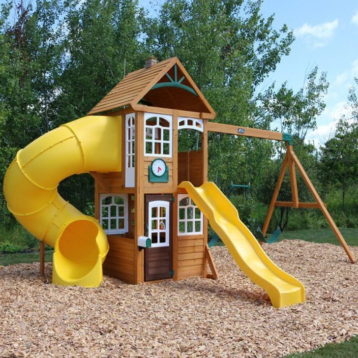 Castlewood Lewiston Retreat Cedar Summit Playset Comes In Pre