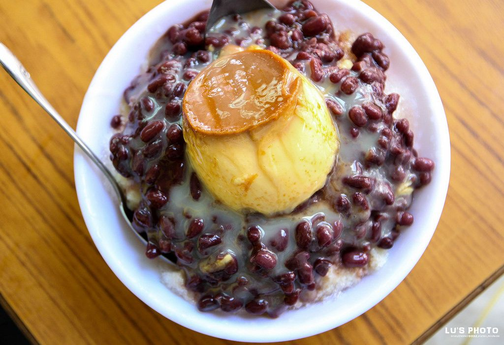 Red bean shaved ice with flan | Taiwanese Dessert