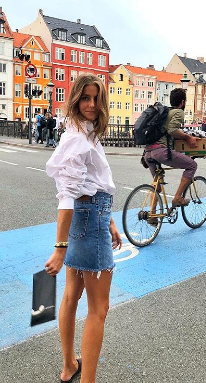Pin by Fleur on To my future Social Media | Street style