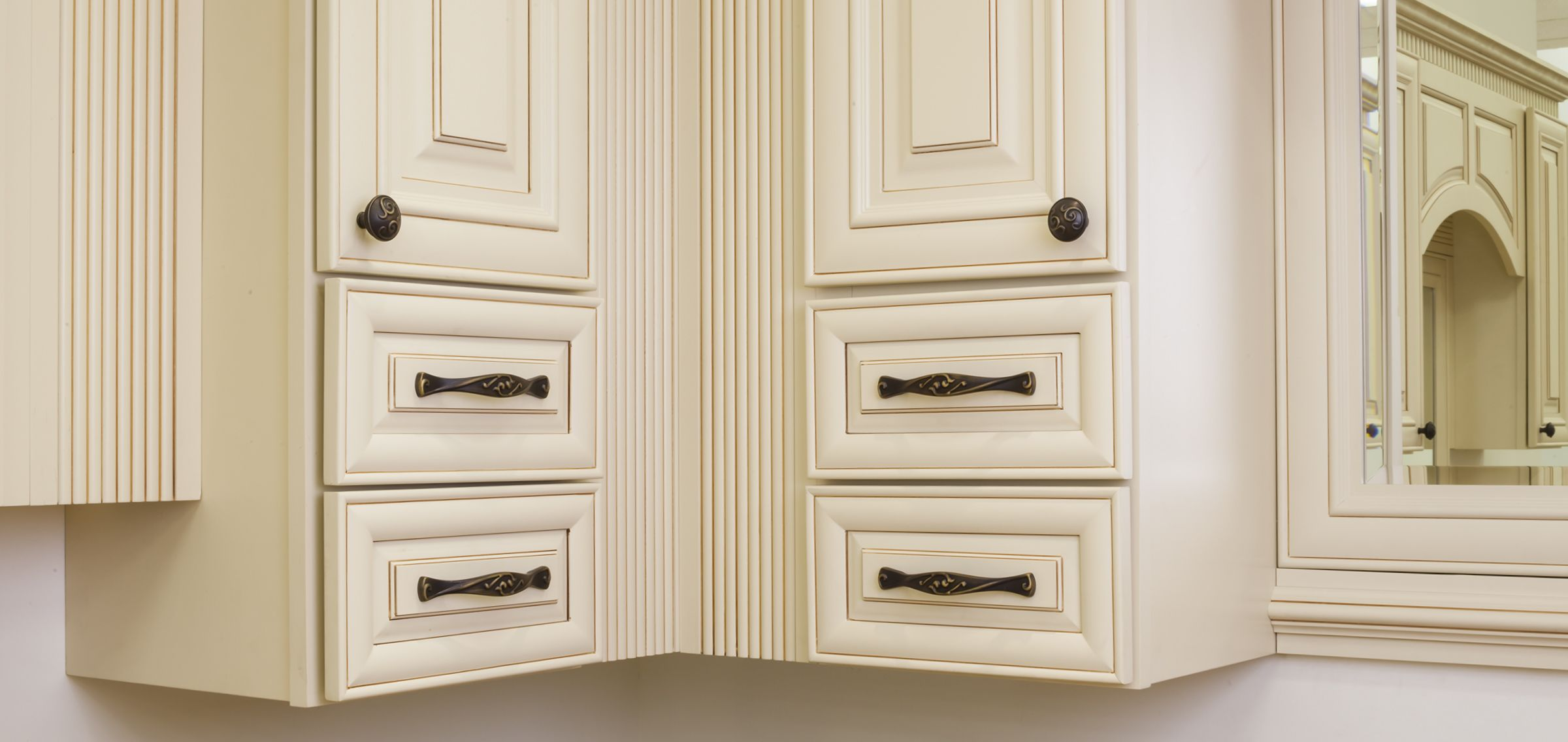 Kensington cabinet knob & pull from Jeffrey Alexander by Hardware ...