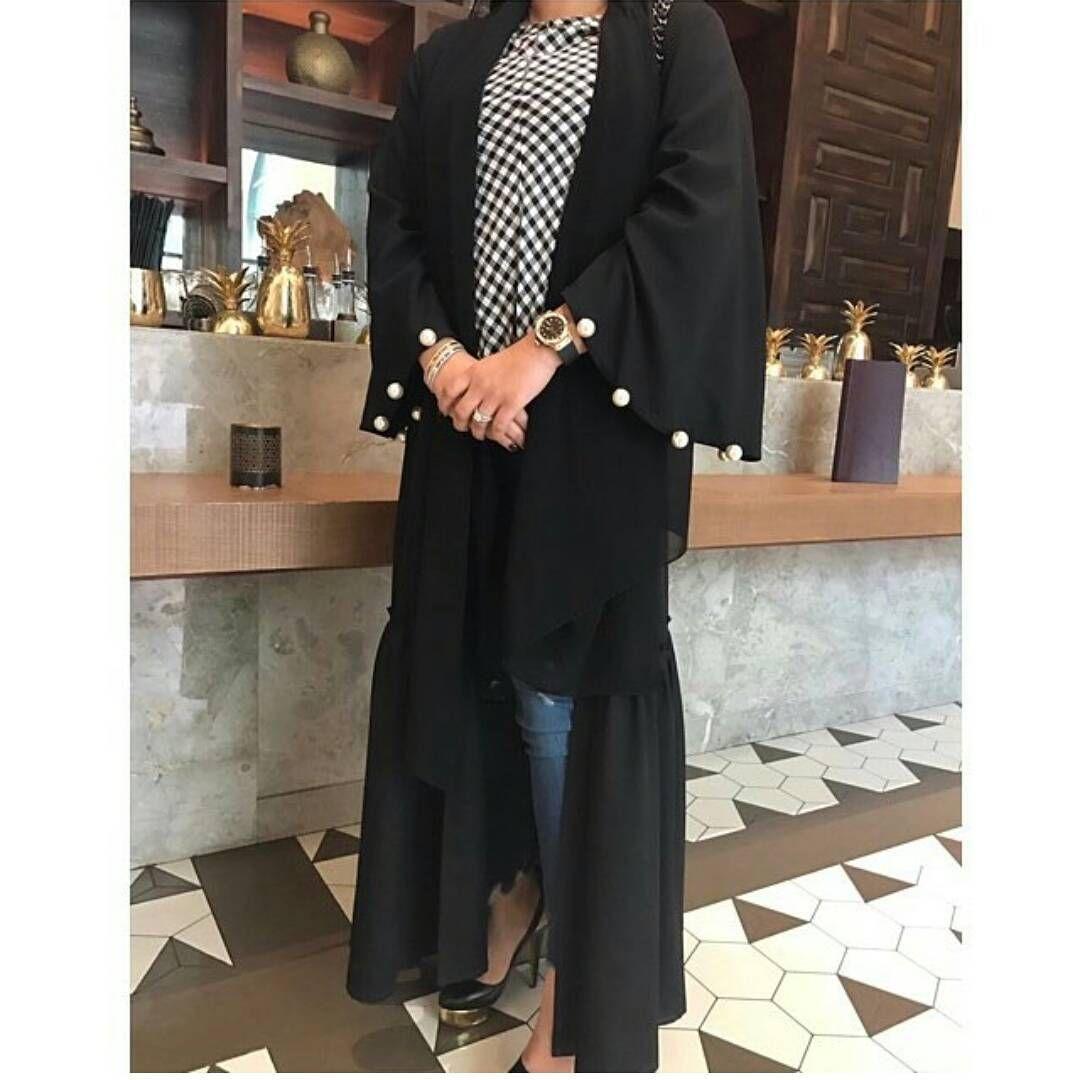 Rouche Abayas لمعرض فاشن بوتيك بإفتتاح الاعلامية الراقية لجين عمران الراعي الشهر Ra Events Ra Events عبايات عباه العبايه Fashion Abaya Style