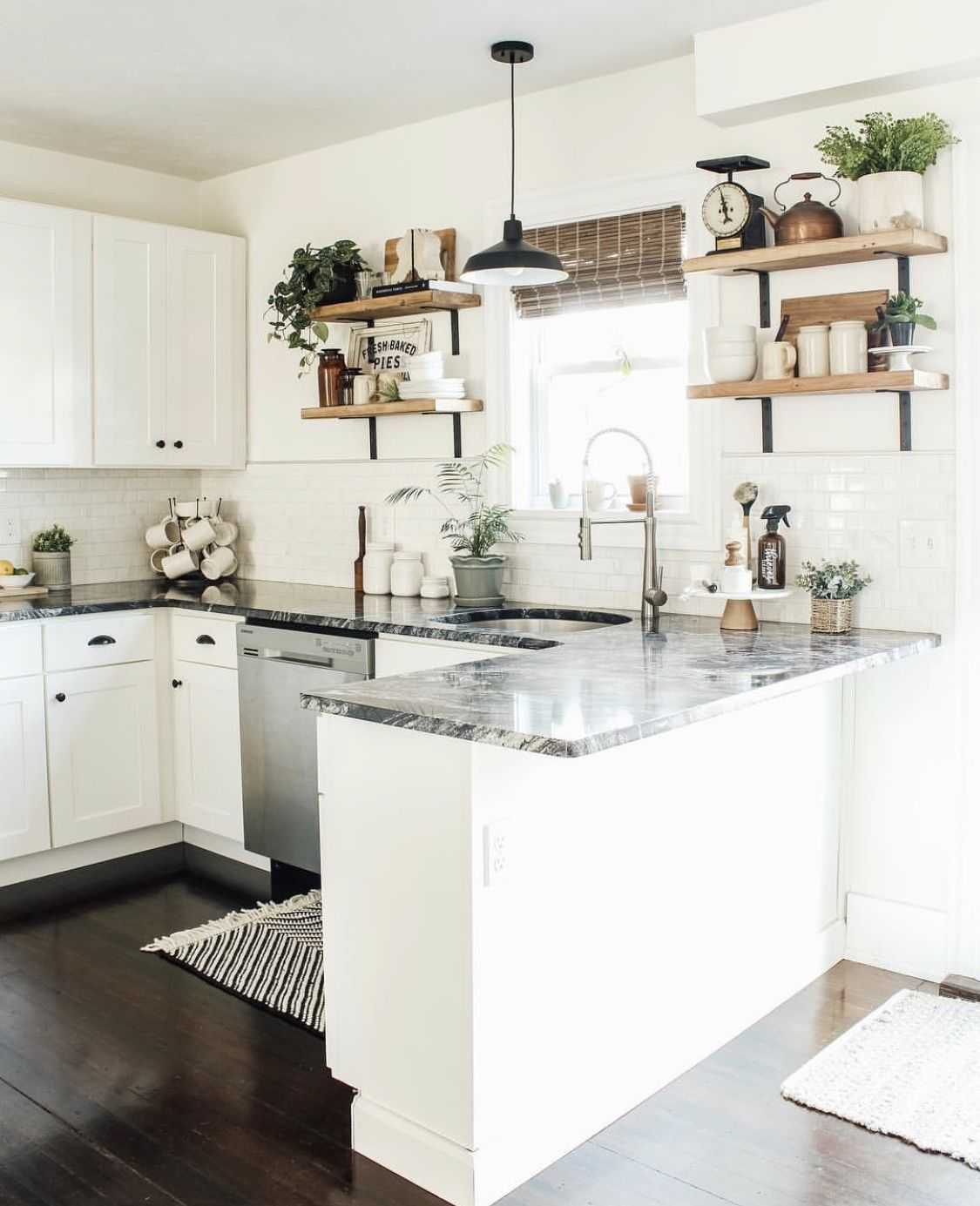 Download Wallpaper Black And White Farmhouse Kitchen Rug