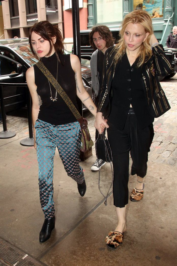 Pin By Bianca On Frances Bean Cobain Frances Bean Cobain Cool Style Courtney Love Hole