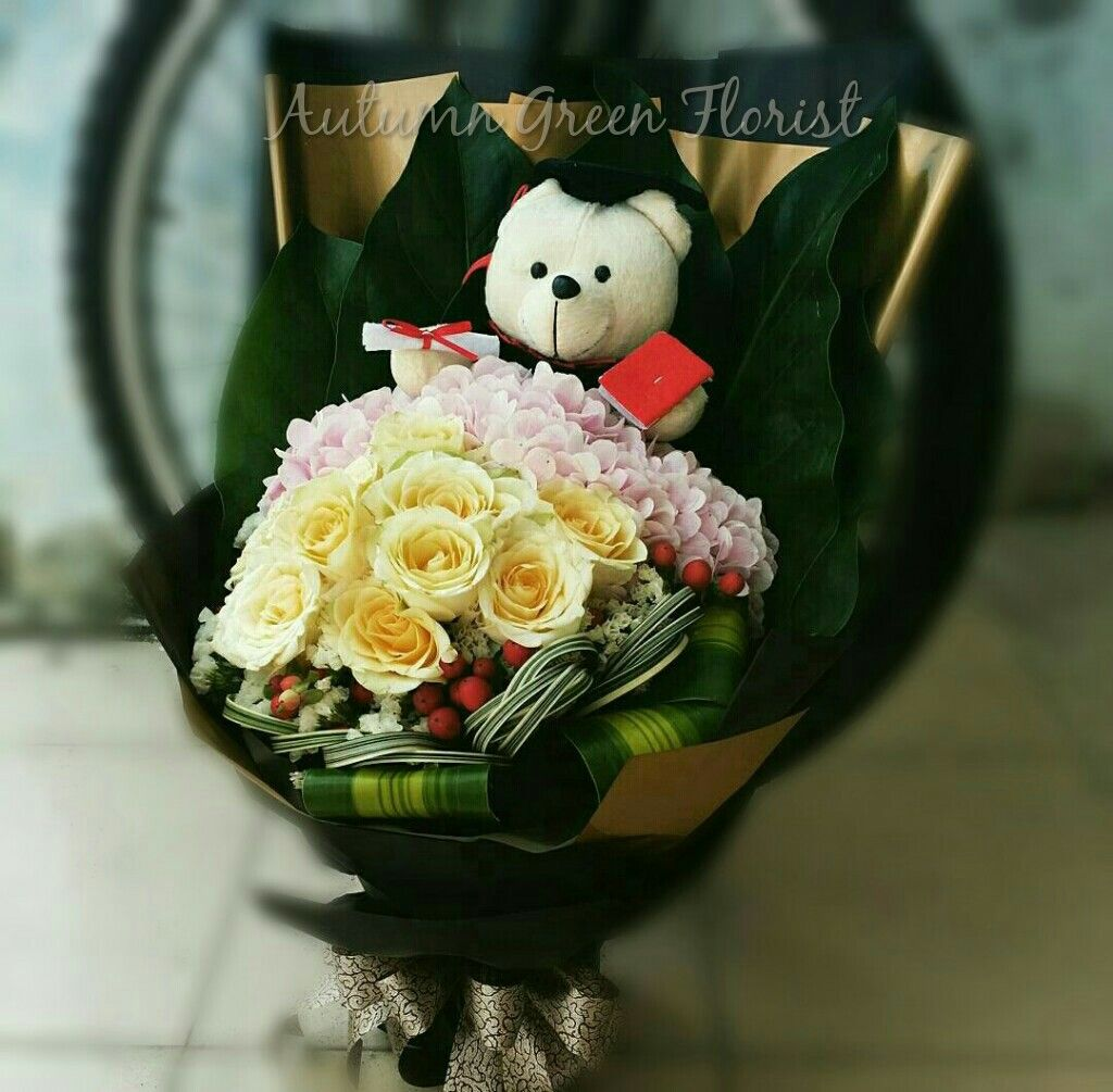 Graduation Bouquet With Bear #handtied #convocation #pasteltheme ...