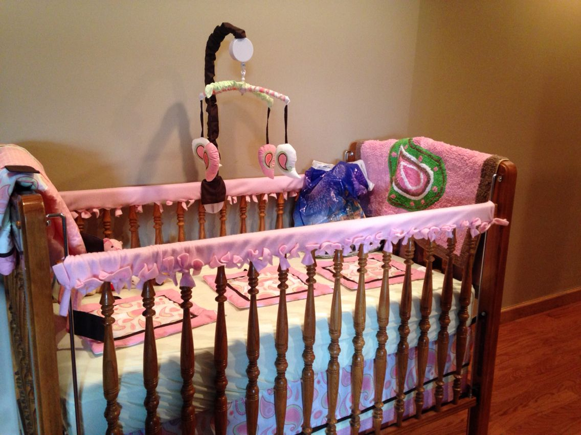 DIY fleece crib rail covers. Crib rail cover