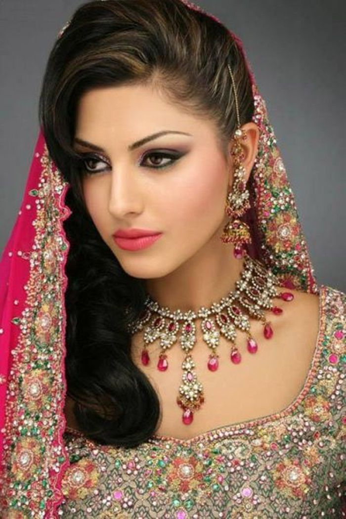 I Like Her Hair Bollywood Indian Bridal Jewelry Makeup