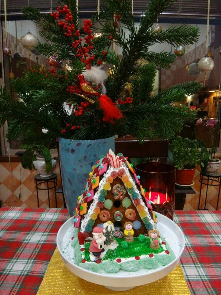 Aldi 5 kit house decorated. Gingerbread, Kit homes