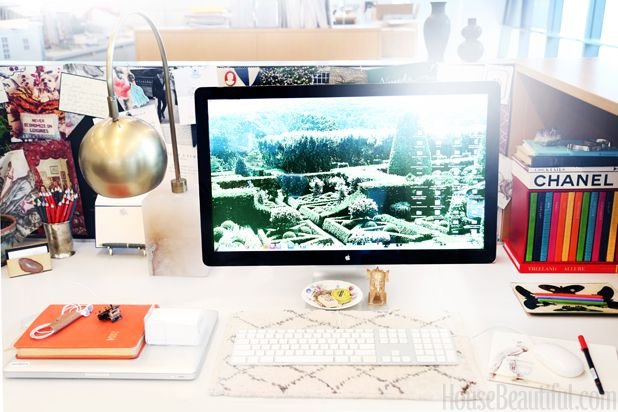 Cubicle Décor Ideas To Make Your Home Office Pop: How To Make Your Cubicle Feel Like Home