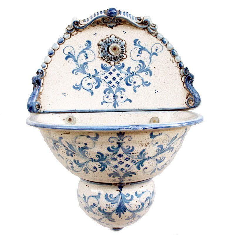 Learn about the typical ceramics tradition at the fabbrica di ceramiche solimene, displaying contemporary ceramics works, and at the museo provinciale della ceramica in villa guariglia. Pin Su Benditera