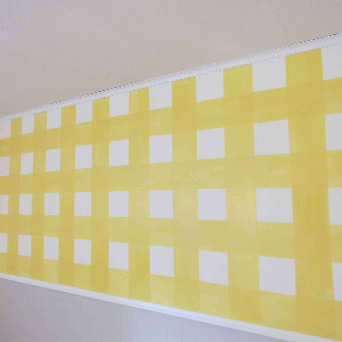 How To Paint a Gingham Wall | Gingham, Painting techniques and ...