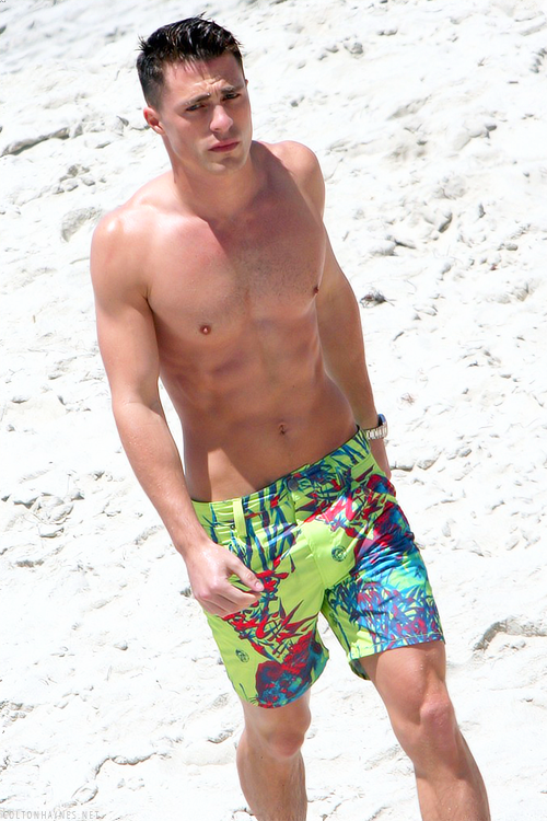 Arrows Colton Haynes Flaunts Six Pack Abs at the Beach