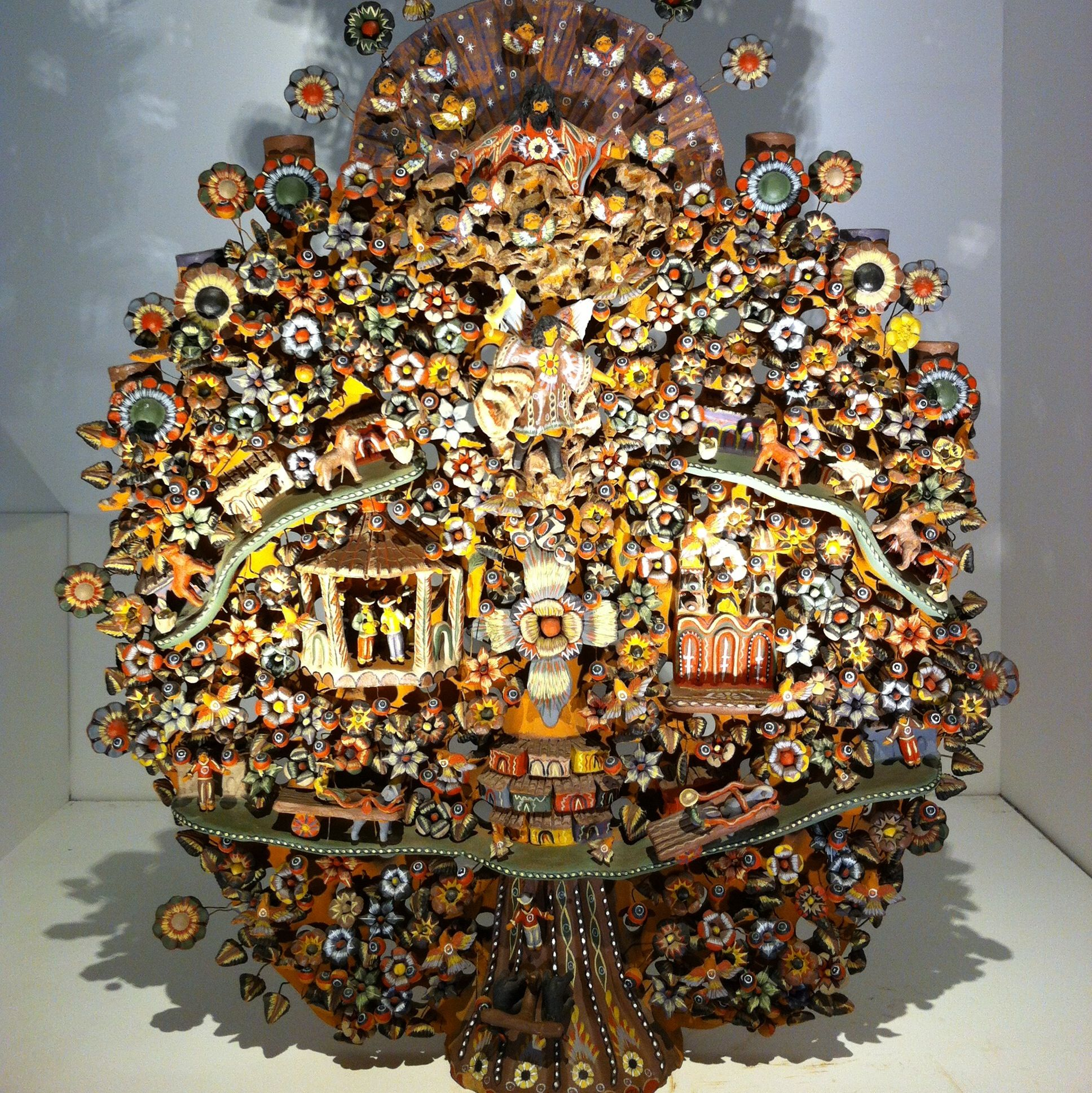 Árbol de la vida en museo de arte Popular