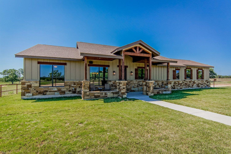 Lometa Ranch Lake Hills Custom Homes Ranch House Exterior Barn Style House Plans House Plans Farmhouse