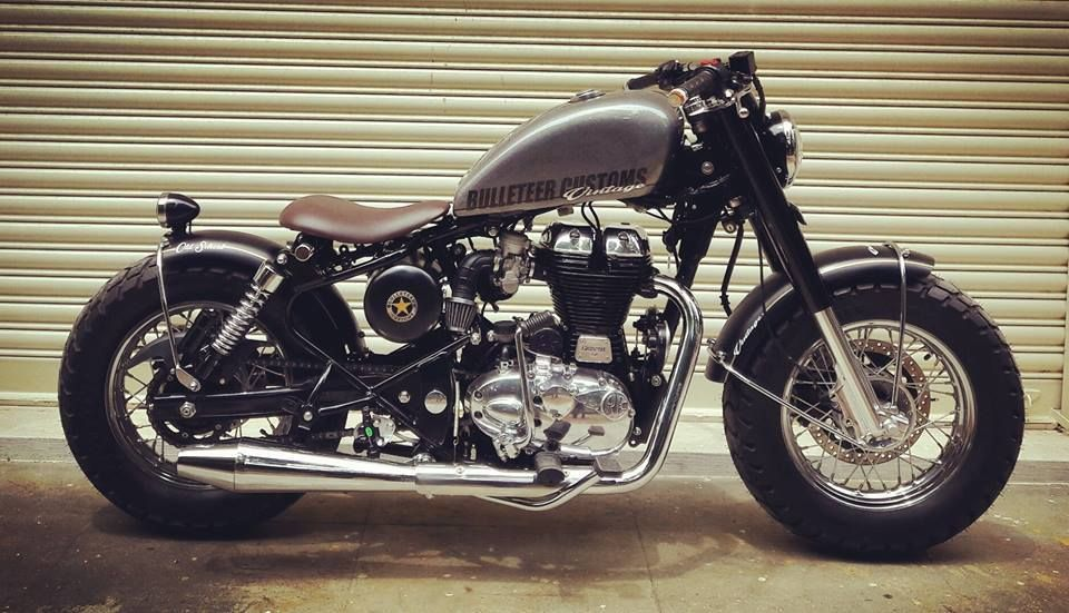 Pin By Rober Lalama On Motos With Images Royal Enfield