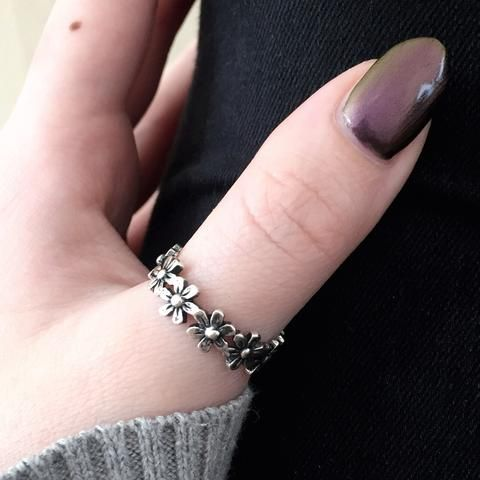 Daisy - Sterling Silver Ring