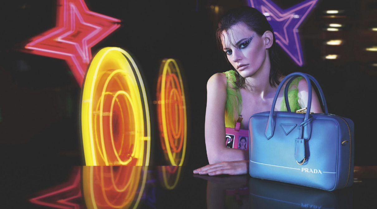 prada neon campaign vestidas noche vegas fall winter amanda uploaded ad campanha wears devil loff fashiongonerogue mondomoda artigo