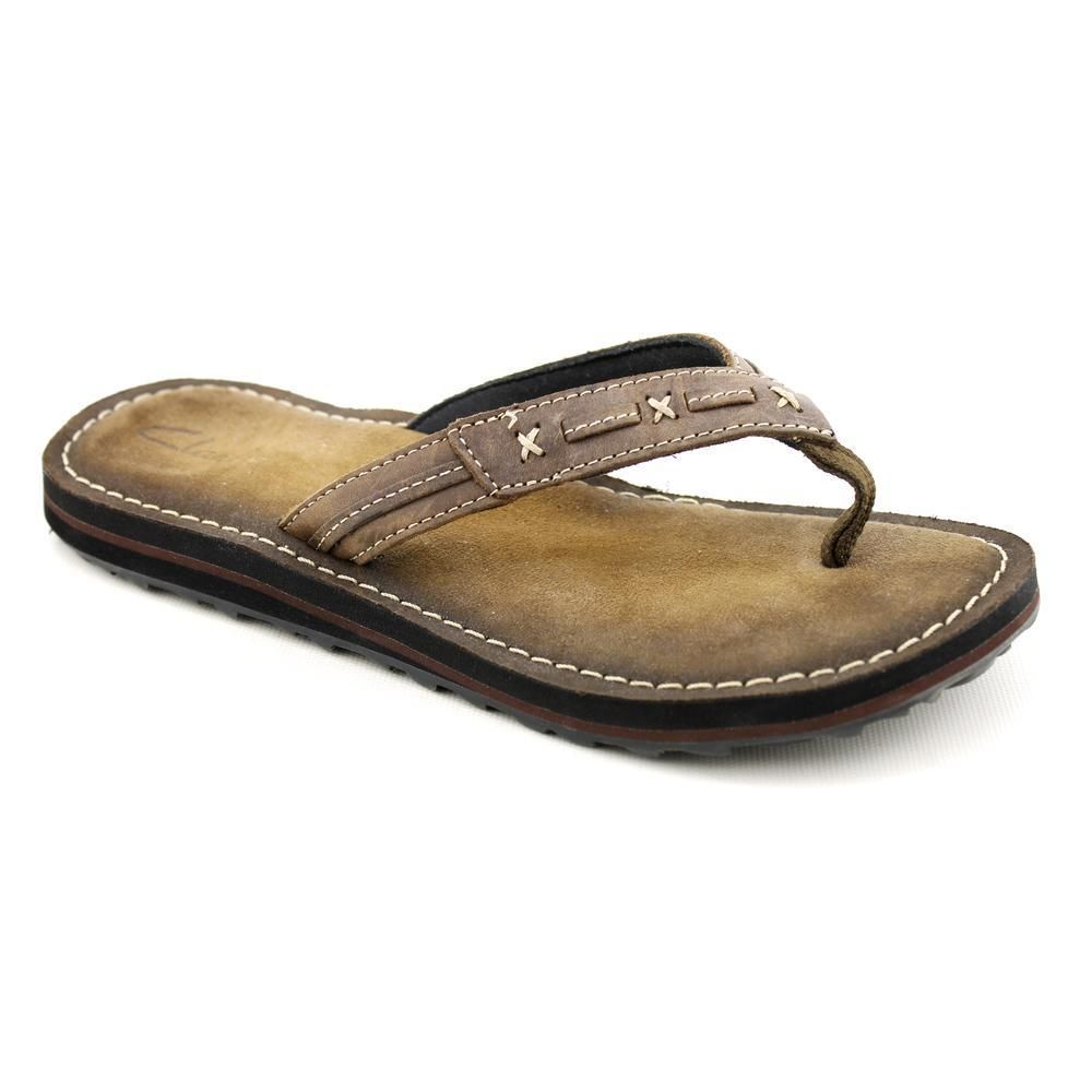 clarks ladies leather flip flops