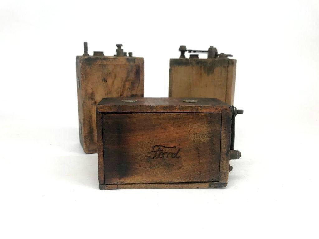 Vintage Ford Model T Batteries, Antique Ford Parts, Wood Battery, Vintage Wood Box, Vintage Car Mem