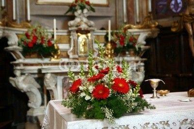 Fiori Per L Altare Szukaj W Google Table Decorations Decor Home Decor