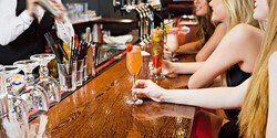 $19 -- River North: Drinks at 4-Diamond Hotel Bar, 55% Off £19 54% OFF! http://www.greedyhogs.com/out/417872 #Food #Chicago #GreedyHogs
