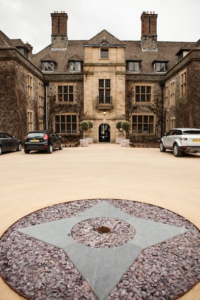 Llangoed Hall The Former Home Of Laura Ashley And A Stunner Venue In