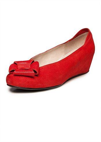Plus Size Wide Ladies Shoes – Large