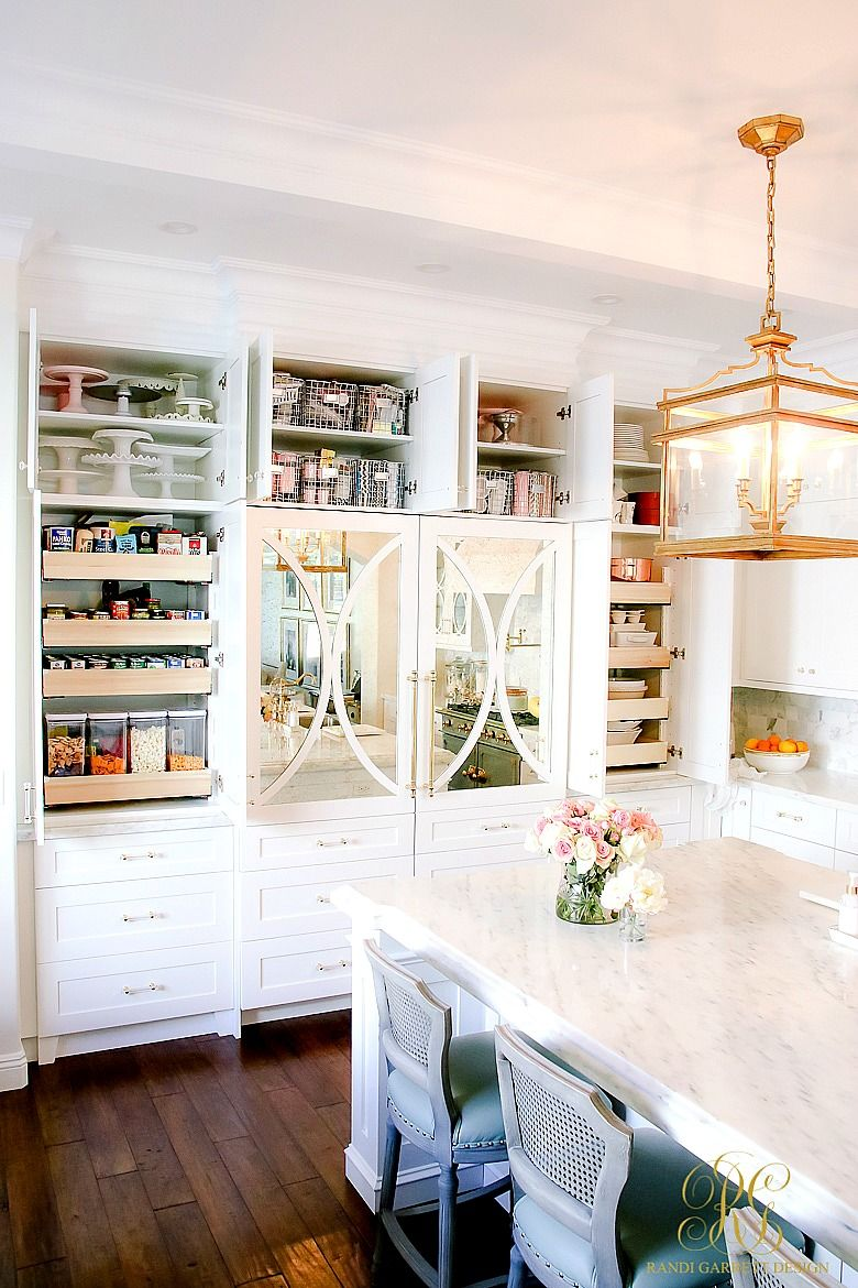Spring Cleaning Kitchen Cabinet Organizing Tips is part of Cabinet Organization How To Paint - Spring Cleaning Kitchen Cabinet Organizing Tips  tips to help you organize your kitchen beautifully  plus sources