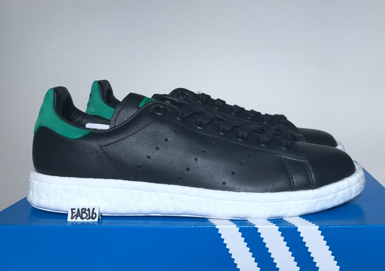 Adidas Originals Stan Smith BOOST Black and Green BB0009 Ultra Retro OG  Classic 73ca10c127