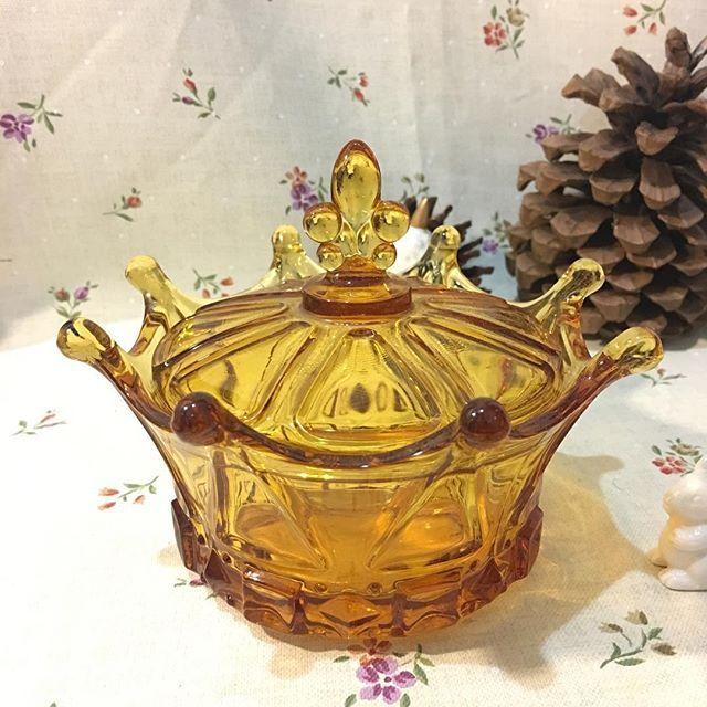 กระปุกมงกุฎสีชา Size : ⌀ 12.5*14.5cm Price : 250/p [1piece available] #zakkabkk#zakkathailand#zakkabangkok#kitchenware#kitchenstuff#dinnerware#ceramics#tableware#zakkashop#pottery#จาน#จานชาม  Yummery - best recipes. Follow Us! #kitchentools #kitchen