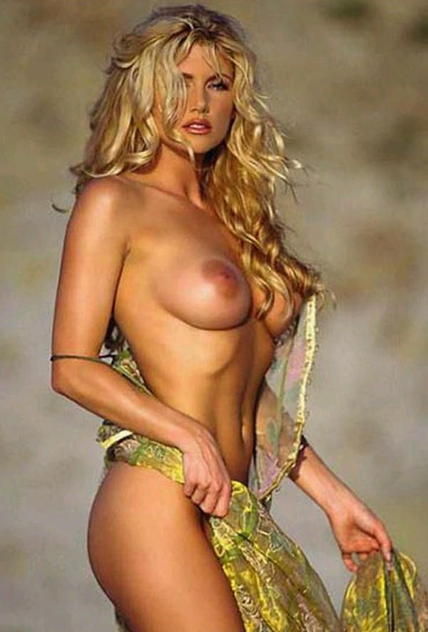 Holly madison naked playboy pictures