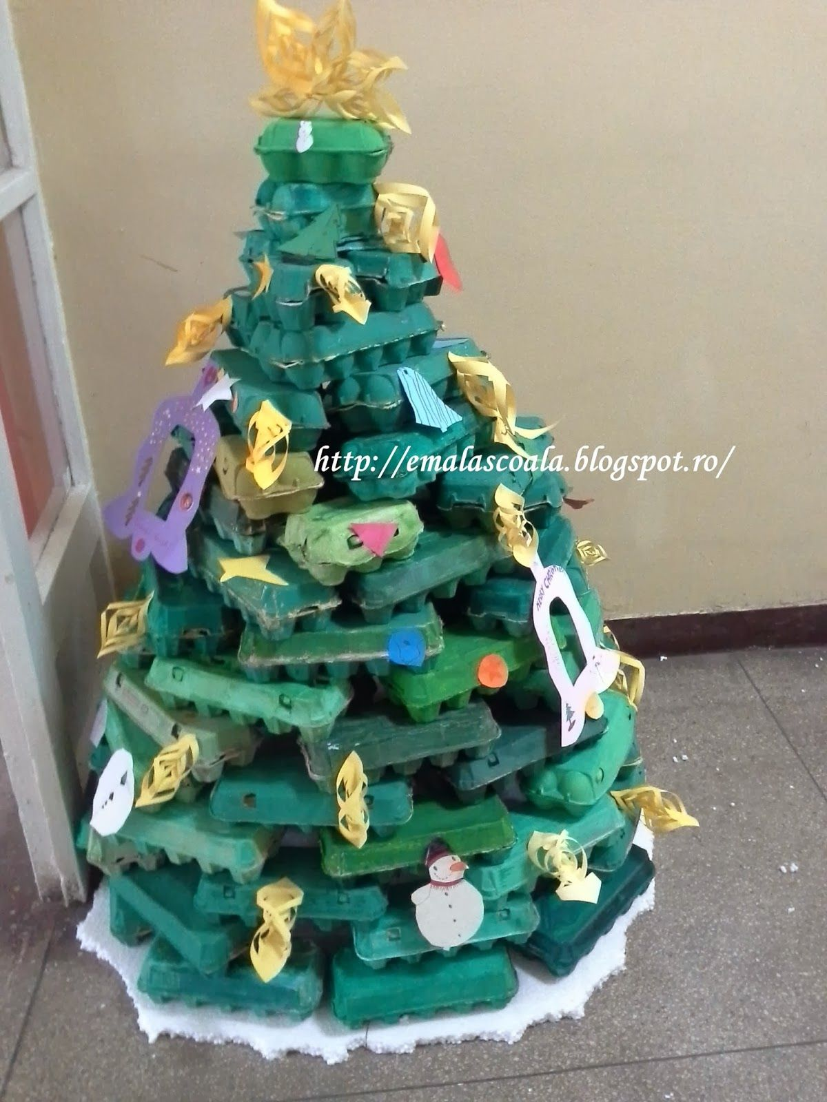 christmas tree from egg cartons i made it at our school