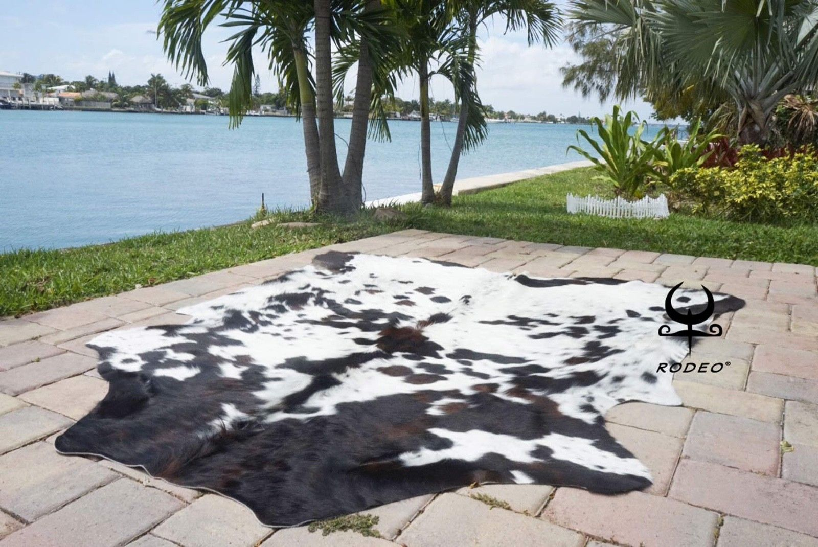 Leather Fur And Sheepskin Rugs 91421 Rodeo Speckled Tricolor Cowhides Rugs Cow Skin Large Size Approx 6x6 5x7 Cow Hide Rug Cow Skin Rug Patterned Carpet